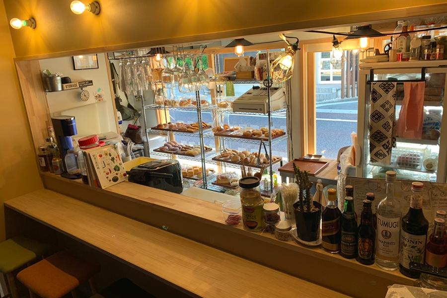 Bakery & Bar  Svaha(スワーハ)